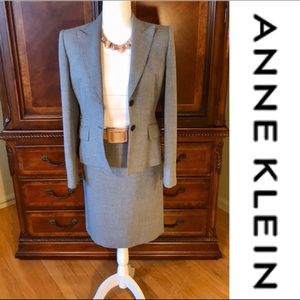 EUC-ANNE KLEIN Beautiful two piece suit